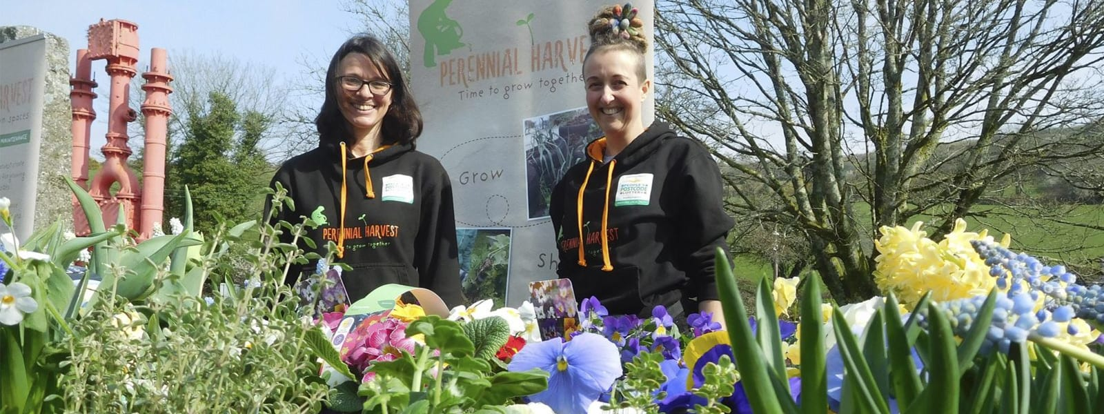 girls at the spring planting event